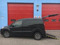 Peugeot partner per trasporto disabili usato a 18.000 euro